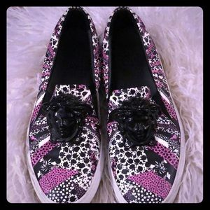 VERY RARE!!! SUPER cute and trendy Versace loafers